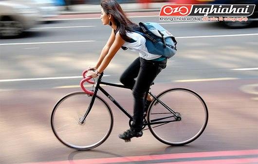 6 cách để người đi xe đạp tự bảo vệ mình khỏi ánh nắng mặt trời. 4
