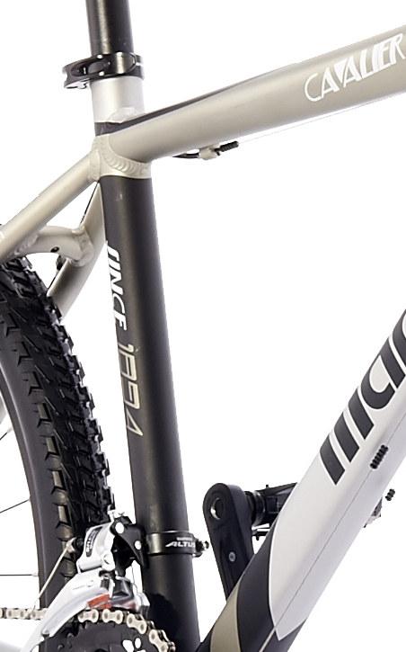 Xe đạp địa hình CAVALIER 500D-9