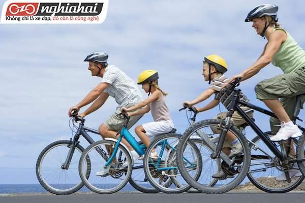 Tầm quan trọng của việc gia đình cùng đạp xe