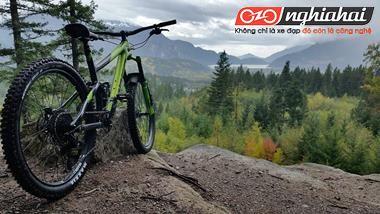Xe đạp lai và xe đạp leo núi chuyên dụng