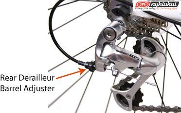 Làm thế nào để điều chỉnh đề-rai-ơ phía sau xe đạp 3