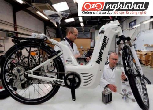Xe đạp điện sử dụng pin nhiêu liệu Hydro chỉ mất 2 phút để sạc và đi được đến gần 100km 2