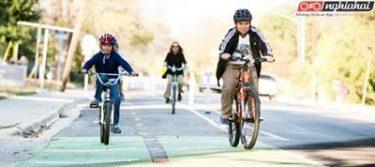 Đạp xe và đi bộ tới trường 2