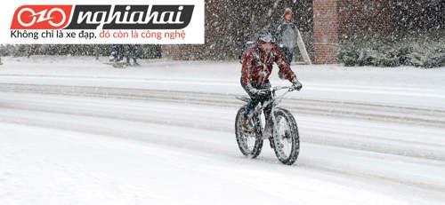 8 mẹo vặt hàng đầu giúp bạn đạp xe trên tuyết 3