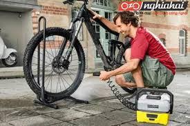 Cách làm sạch một chiếc xe đạp lấm bùn 1