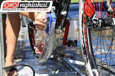 Cách rửa xe đạp chuyên nghiệp bạn cần phải biết 2