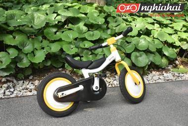Chiếc xe nhỏ màu vàng vừa đạp vừa trượt này đã chạm vào trái tim tôi! 1