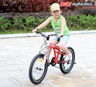 Dạy con bạn cách đi xe đạp không cần tới bánh phụ chỉ trong 9 bước 1