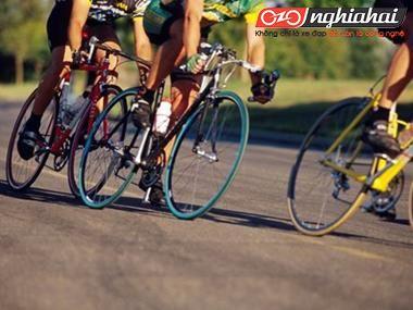 Năm bài tập nâng cao hiệu suất chân đạp 2