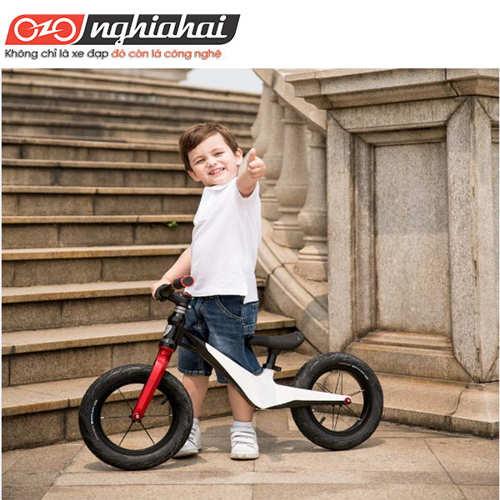 Độ tuổi thích hợp cho bé đạp xe 1