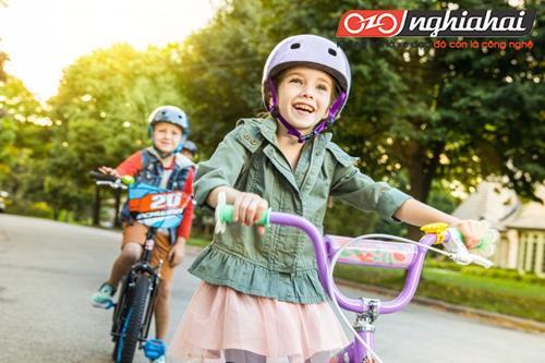 Làm thế nào để dạy trẻ em đi xe đạp 4