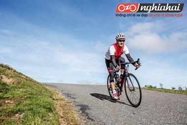 Vận động viên xe đạp thể thao chuyên nghiệp 2