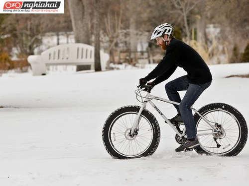 Mẹo đạp xe khi trời có tuyết 1