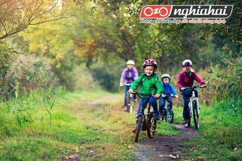 Mẹo giữ an toàn khi đạp xe theo từng độ tuổi 2
