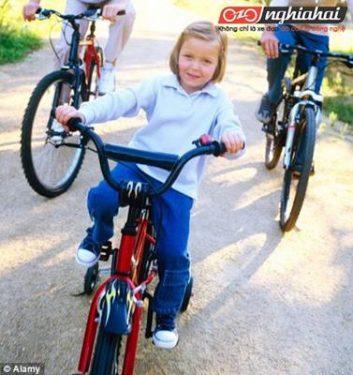 Trẻ em đi xe đạp có thể phát triển chiều cao không 3