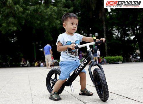 Xe cân bằng của trẻ em- người thầy đầu tiên của xe đạp 1