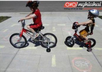 10 cách để bé có chuyến đi xe đạp thú vị 1