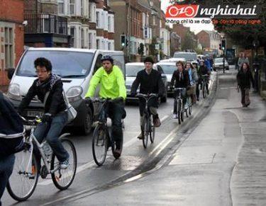 9 mẹo cần biết để đạp xe khi tắc đường 3