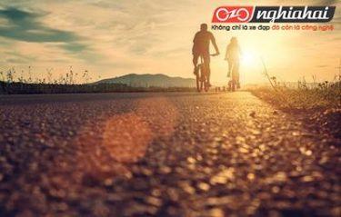 Bí quyết đạp xe đạp khi đi với người đạp xe chậm hơn. 3
