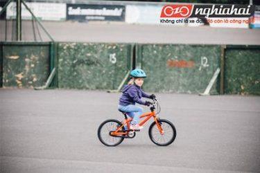 Cần làm gì trước khi để con tự đi xe đạp tham gia giao thông 3