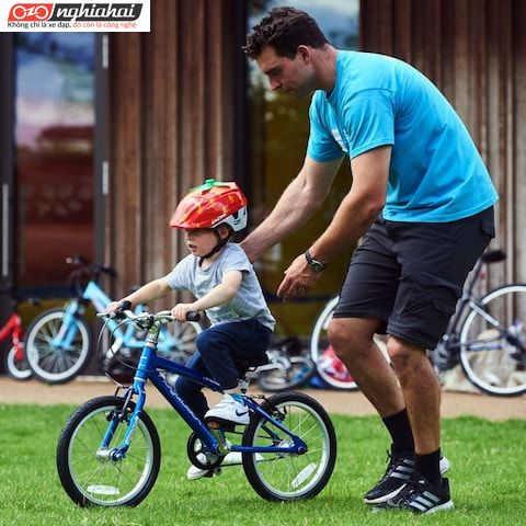Dạy trẻ em đi xe đạp Mua xe đạp cho trẻ em, còn cần thêm những trang bị nào nữa 3