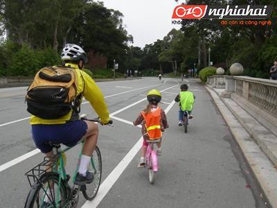 Làm thế nào để dạy trẻ đạp xe an toàn 1