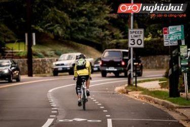 Làm thế nào để xử lý khẩn cấp với xe đạp ở trên đường 3