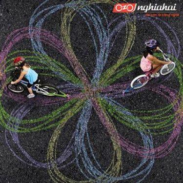 Lợi ích của việc đạp xe đạp đối với sự phát triển trí não của trẻ 1