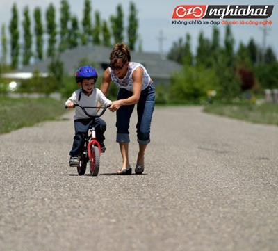 Phương pháp dạy bé đi xe đạp chỉ trong 15 phút 1