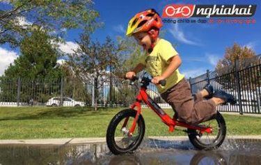 Tập đi xe đạp từ học cách giữ thăng bằng - các mẹo và thủ thuật 2