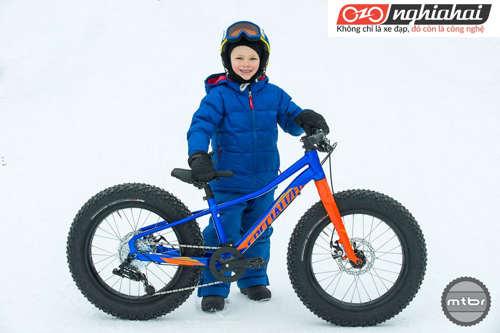 Thử nghiệm chiếc xe đạp trẻ em sợi carbon 4