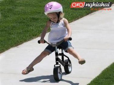 Ưu điểm của xe đạp trẻ em cân bằng 4
