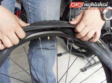 Bạn biết gì về kĩ thuật bảo dưỡng lốp xe 2