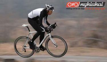 Giai đoạn và kỹ năng rung xe tạo lực khi đi xe đạp thể thao 2
