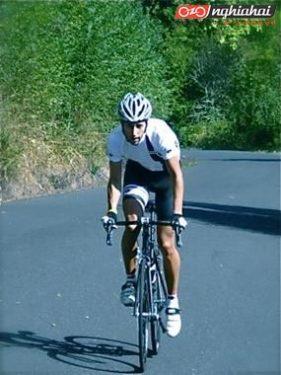 Lựa chọn các vật dụng phù hợp cho đạp xe leo núi để thoải mái và đảm bảo an toàn