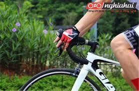 Tại sao khi đi xe đạp bạn cần đeo găng tay, nên chọn như thế nào 4
