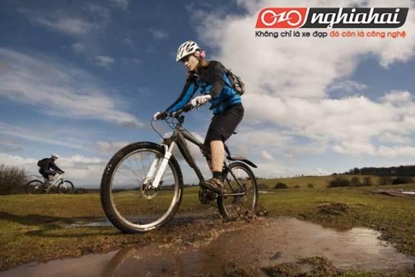 5 điểm cần chú ý cách chọn và đeo mũ bảo hiểm giúp bạn đạp xe an toàn 3