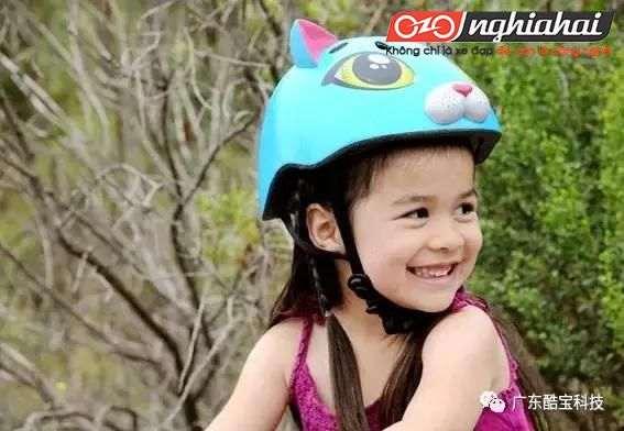 Chăm sóc cho sự an toàn của bé, hãy đội mũ bảo hiểm đúng cách đạt chuẩn TA 2
