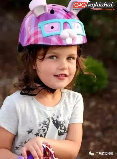 Chăm sóc cho sự an toàn của bé, hãy đội mũ bảo hiểm đúng cách đạt chuẩn TA 3
