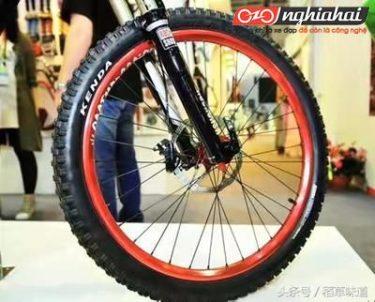Xe đạp địa hình leo núi - lốp khác, đặc tính khác 1