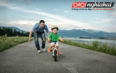 Chỉ dẫn với trẻ khi đi xe đạp 2