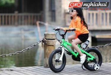 Chỉ dẫn với trẻ khi đi xe đạp 3