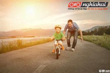 Dạy trẻ em làm thế nào để đạp xe đạp 1