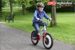 Dạy trẻ em làm thế nào để đạp xe đạp 2
