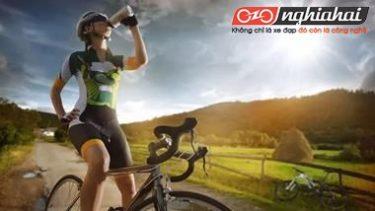 Khi đạp xe, phải uống nước như thế nào 3