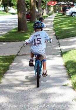 Làm thế nào để con có hứng thú với việc đi xe đạp 2