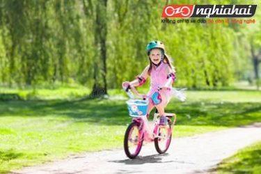 Làm thế nào kéo dài niềm yêu thích đối với xe đạp cho trẻ 1