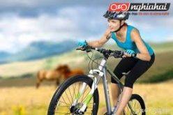 Phụ nữ đạp xe đạp hàng ngày làm cách nào để có thể giảm tổn thương đến các bộ phận cơ thể 1