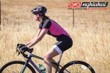Phụ nữ đạp xe đạp hàng ngày làm cách nào để có thể giảm tổn thương đến các bộ phận cơ thể 3