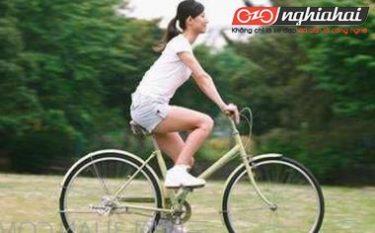Phụ nữ đạp xe đạp hàng ngày làm cách nào để có thể giảm tổn thương đến các bộ phận cơ thể 4